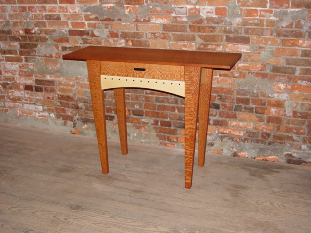 One Drawer Table with tapered legs Image