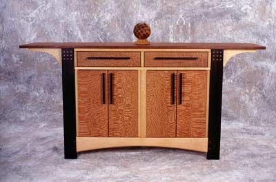 Cabinet with straight legs Image